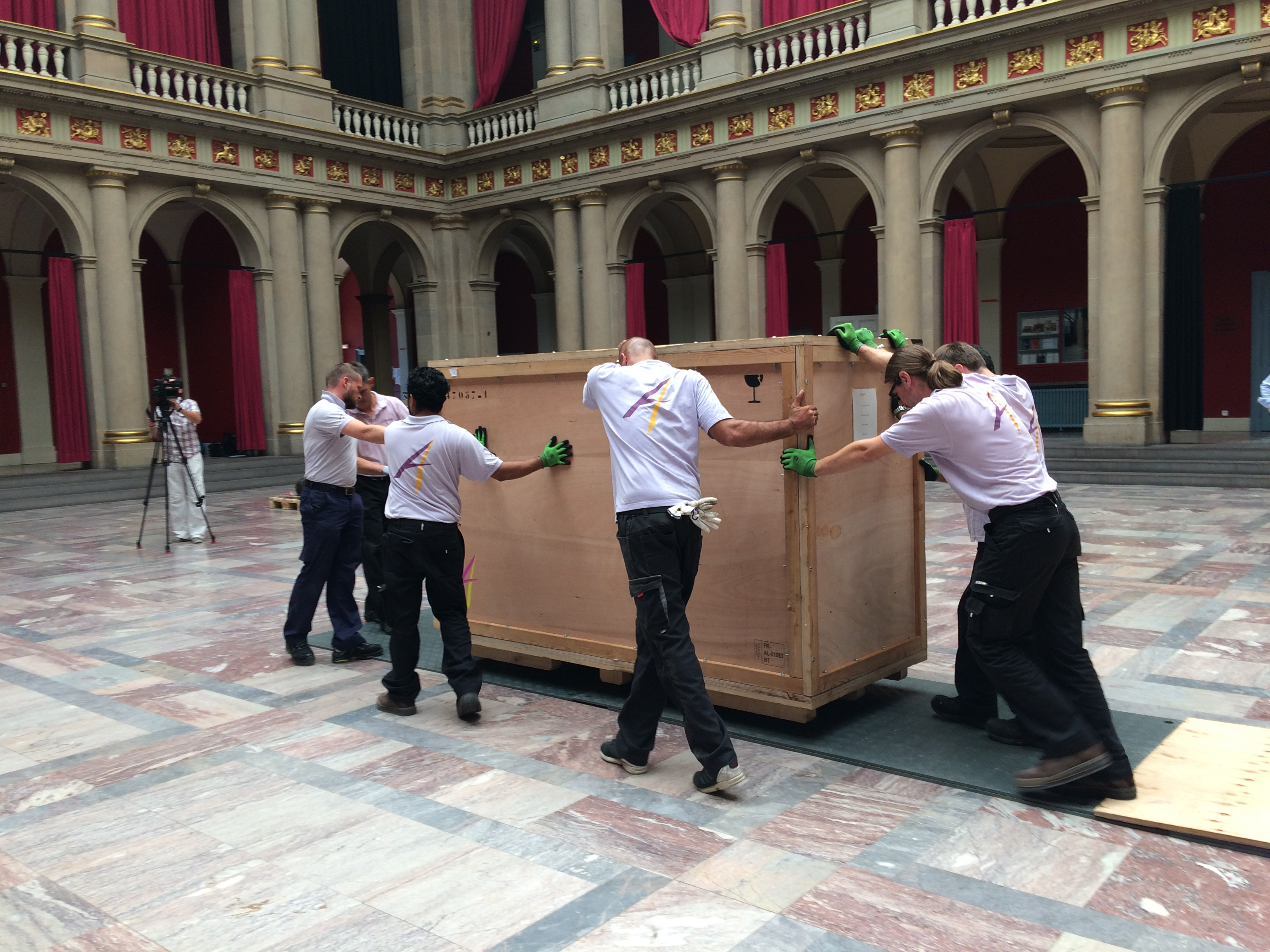 transport caisses en bois pharaon de 3 tonnes